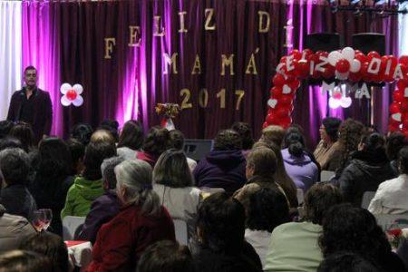 Celebración Día de la Madre en la comuna de San Rosendo